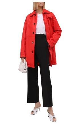 Женское кожаное пальто BOTTEGA VENETA красного цвета, арт. 655939/V0Q60   Фото 2 (Длина (верхняя одежда): До середины бедра; Стили: Гламурный; Рукава: Длинные; Материал подклада: Хлопок; 1-2-бортные: Однобортные)
