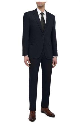 Мужская хлопковая сорочка BOSS белого цвета, арт. 50450603 | Фото 2 (Случай: Формальный; Материал внешний: Хлопок; Стили: Классический; Манжеты: На пуговицах; Рукава: Длинные; Длина (для топов): Стандартные; Рубашки М: Slim Fit; Воротник: Акула; Принт: Однотонные)