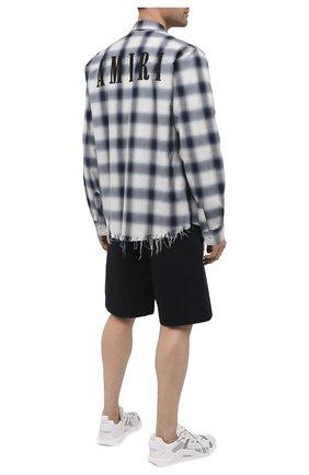 Мужская хлопковая рубашка AMIRI синего цвета, арт. MSL006-410 | Фото 2 (Случай: Повседневный; Рукава: Длинные; Материал внешний: Хлопок; Длина (для топов): Стандартные; Воротник: Кент; Стили: Гранж; Принт: Клетка; Манжеты: На пуговицах)