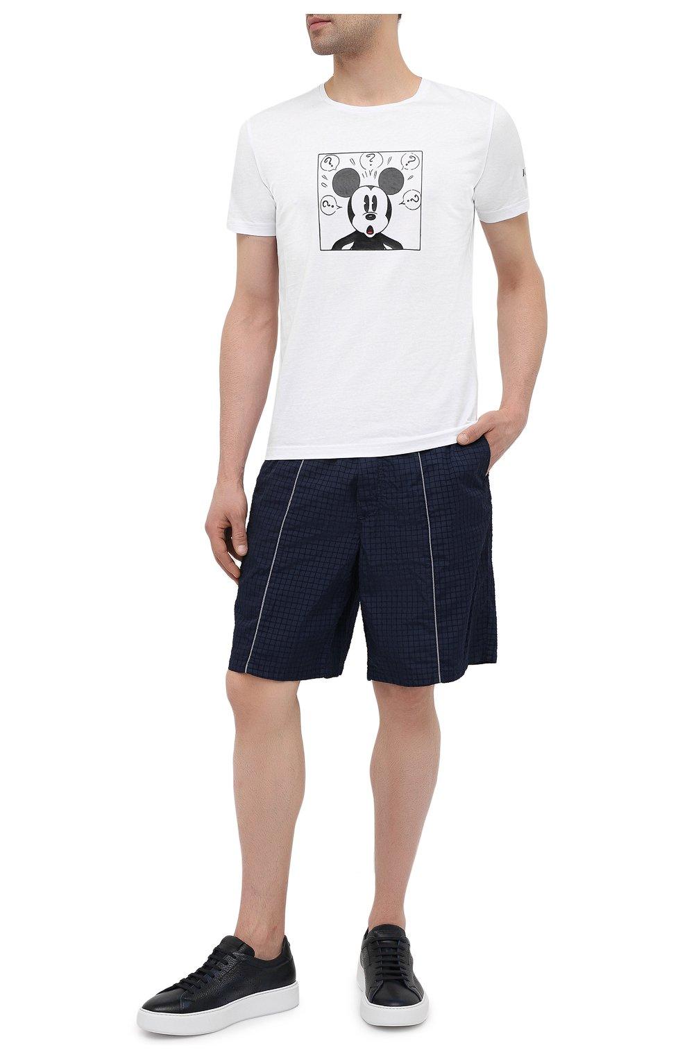 Мужские шорты ICEBERG синего цвета, арт. 21E I1P0/D060/5145   Фото 2 (Мужское Кросс-КТ: Шорты-одежда; Длина Шорты М: До колена; Принт: Без принта; Материал внешний: Синтетический материал; Стили: Спорт-шик)