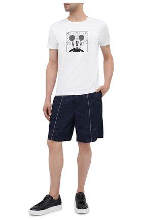 Мужские шорты ICEBERG синего цвета, арт. 21E I1P0/D060/5145 | Фото 2 (Длина Шорты М: До колена; Материал внешний: Синтетический материал; Мужское Кросс-КТ: Шорты-одежда; Принт: Без принта; Стили: Спорт-шик)