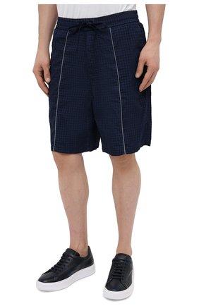 Мужские шорты ICEBERG синего цвета, арт. 21E I1P0/D060/5145   Фото 3 (Мужское Кросс-КТ: Шорты-одежда; Длина Шорты М: До колена; Принт: Без принта; Материал внешний: Синтетический материал; Стили: Спорт-шик)