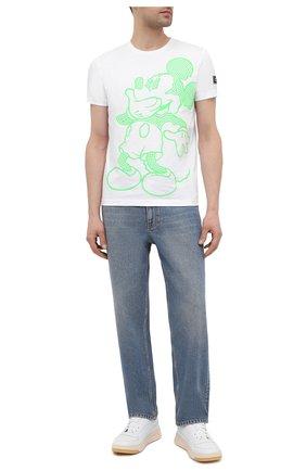 Мужская хлопковая футболка ICEBERG белого цвета, арт. 21E I1P0/F019/6304 | Фото 2 (Длина (для топов): Стандартные; Рукава: Короткие; Материал внешний: Хлопок; Принт: С принтом; Стили: Гранж)