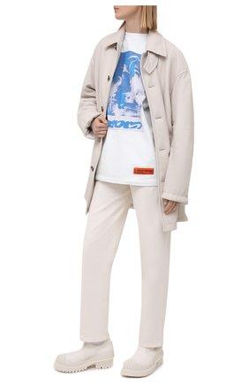 Женские джинсы MSGM белого цвета, арт. 3041MDP48T 217279 | Фото 2 (Материал внешний: Хлопок; Длина (брюки, джинсы): Стандартные; Силуэт Ж (брюки и джинсы): Прямые; Стили: Романтичный; Кросс-КТ: Деним)
