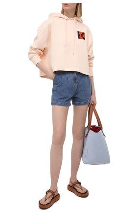 Женские джинсовые шорты MSGM синего цвета, арт. 3041MDB42L 217280   Фото 2