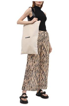 Женские хлопковые брюки MAX&MOI бежевого цвета, арт. E21BILANA | Фото 2