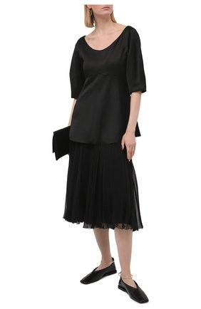 Женская блузка из вискозы TOTÊME черного цвета, арт. 212-754-700 | Фото 2 (Материал внешний: Вискоза; Материал подклада: Вискоза; Длина (для топов): Стандартные; Стили: Кэжуэл; Женское Кросс-КТ: Блуза-одежда; Принт: Без принта; Рукава: Короткие)