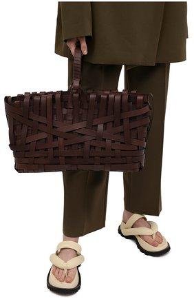 Женский сумка woven large JIL SANDER темно-коричневого цвета, арт. JSPS851523-WSB00079 | Фото 2 (Материал: Натуральная кожа; Ошибки технического описания: Нет ширины; Размер: large; Сумки-технические: Сумки-шопперы)