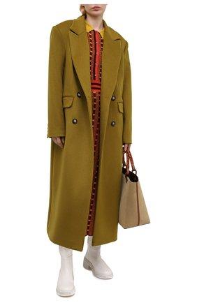 Женское пальто из шерсти и вискозы LESYANEBO оливкового цвета, арт. FW20/H-405-5 | Фото 2 (Длина (верхняя одежда): Длинные; Рукава: Длинные; Материал внешний: Шерсть; Материал подклада: Вискоза; 1-2-бортные: Двубортные; Стили: Кэжуэл)