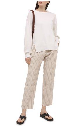 Женские хлопковые брюки BRUNELLO CUCINELLI бежевого цвета, арт. MH511P7659 | Фото 2