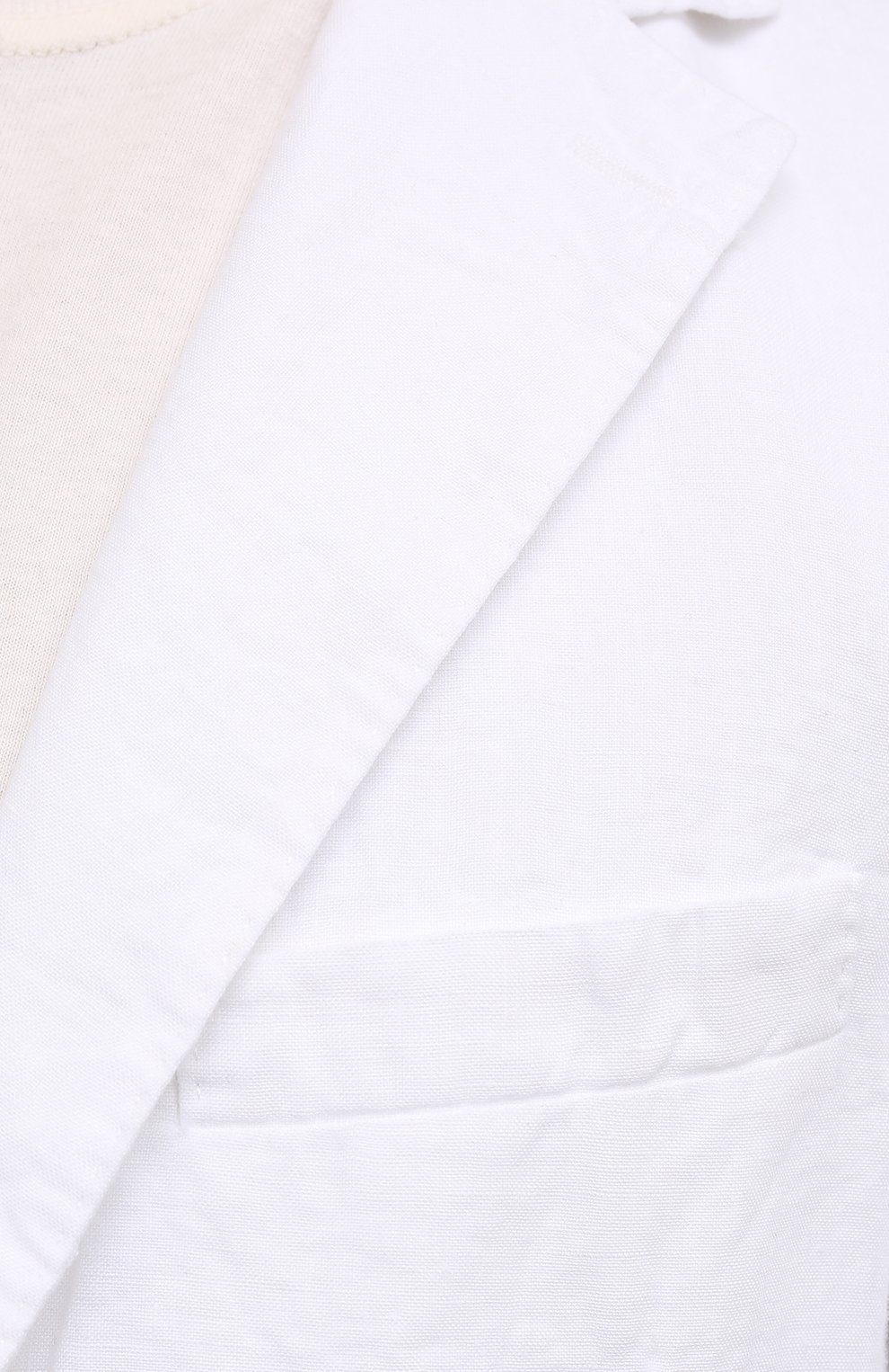 Мужской льняной пиджак 120% LINO белого цвета, арт. T0M8469/0253/000   Фото 5 (Рукава: Длинные; Случай: Повседневный; Длина (для топов): Стандартные; 1-2-бортные: Однобортные; Материал внешний: Лен; Пиджаки М: Приталенный; Материал подклада: Купро; Стили: Кэжуэл)