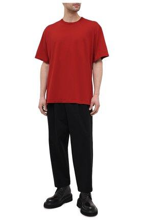 Мужская хлопковая футболка KAZUYUKI KUMAGAI красного цвета, арт. KJ11-017 | Фото 2 (Материал внешний: Хлопок; Длина (для топов): Стандартные; Рукава: Короткие; Принт: Без принта; Стили: Минимализм)