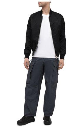 Мужские брюки-карго KAZUYUKI KUMAGAI темно-серого цвета, арт. AP11-210 | Фото 2 (Материал внешний: Синтетический материал; Длина (брюки, джинсы): Стандартные; Силуэт М (брюки): Карго; Случай: Повседневный; Стили: Минимализм)