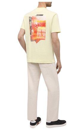 Мужская хлопковая футболка Z ZEGNA желтого цвета, арт. VW367/ZZ649T | Фото 2 (Длина (для топов): Стандартные; Материал внешний: Хлопок; Рукава: Короткие; Принт: С принтом; Стили: Кэжуэл)