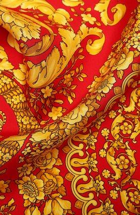 Женский шелковый платок VERSACE красного цвета, арт. IF07001/IT03057 | Фото 2 (Материал: Текстиль, Шелк; Принт: С принтом)