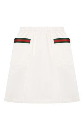 Детская хлопковая юбка GUCCI белого цвета, арт. 621817/XDBKT   Фото 1