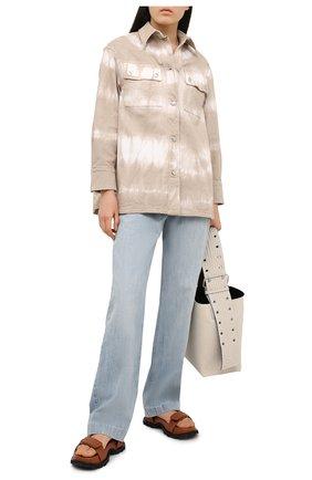 Женская джинсовая рубашка STELLA MCCARTNEY бежевого цвета, арт. 603117/S0H31 | Фото 2 (Длина (для топов): Удлиненные; Рукава: Длинные; Материал внешний: Хлопок; Стили: Спорт-шик; Принт: С принтом; Женское Кросс-КТ: Рубашка-одежда; Кросс-КТ: Деним)
