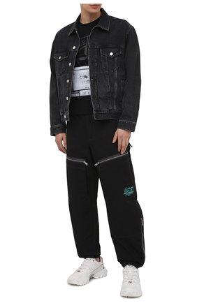 Мужские брюки DIESEL черного цвета, арт. A01601/0ECAQ | Фото 2