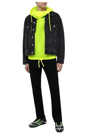 Мужские комбинированные кроссовки drive BALENCIAGA разноцветного цвета, арт. 635498/W3AK1 | Фото 2 (Материал внешний: Текстиль; Подошва: Плоская; Материал внутренний: Текстиль; Стили: Гранж)