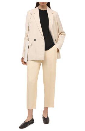 Женские брюки из вискозы TOTÊME светло-бежевого цвета, арт. 212-252-714 | Фото 2