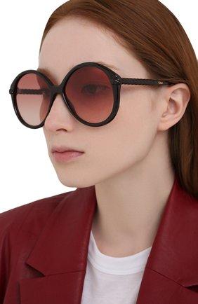 Женские солнцезащитные очки CHLOÉ черного цвета, арт. CH0002S | Фото 2