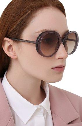 Женские солнцезащитные очки CHLOÉ серого цвета, арт. CH0007S   Фото 2