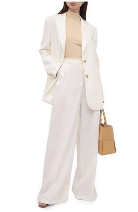 Женские льняные брюки LESYANEBO бежевого цвета, арт. SS21/Н-434/L | Фото 2 (Длина (брюки, джинсы): Удлиненные; Материал внешний: Лен; Женское Кросс-КТ: Брюки-одежда; Силуэт Ж (брюки и джинсы): Широкие; Стили: Кэжуэл)