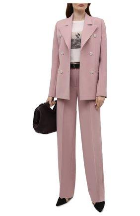 Женские брюки из вискозы LESYANEBO светло-розового цвета, арт. SS21/Н-157_1 | Фото 2 (Материал внешний: Вискоза; Длина (брюки, джинсы): Удлиненные; Женское Кросс-КТ: Брюки-одежда; Силуэт Ж (брюки и джинсы): Широкие; Стили: Кэжуэл)