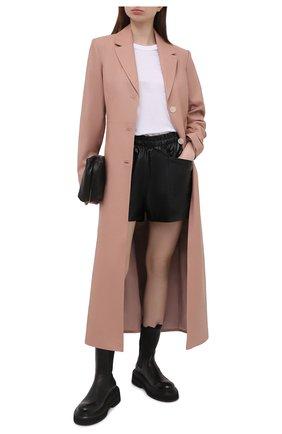 Женское приталенное пальто LESYANEBO бежевого цвета, арт. SS21/Н-572/VL_2 | Фото 2 (Рукава: Длинные; Материал внешний: Вискоза, Синтетический материал; Длина (верхняя одежда): Короткие; 1-2-бортные: Однобортные; Стили: Кэжуэл)