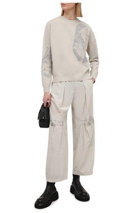 Женские брюки GIORGIO ARMANI светло-серого цвета, арт. 1SHPP0GH/T02AW | Фото 2