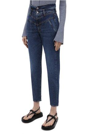 Женские джинсы TWO WOMEN IN THE WORLD синего цвета, арт. 0RCHIDEA/A1NG033 | Фото 3 (Кросс-КТ: Деним; Длина (брюки, джинсы): Стандартные; Материал внешний: Хлопок; Детали: Потертости; Силуэт Ж (брюки и джинсы): Бойфренды; Стили: Кэжуэл)