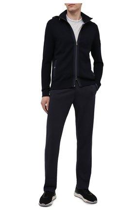 Мужские брюки BOGNER темно-синего цвета, арт. 18783928 | Фото 2 (Материал внешний: Синтетический материал, Вискоза; Длина (брюки, джинсы): Стандартные; Кросс-КТ: Спорт; Мужское Кросс-КТ: Брюки-трикотаж; Стили: Спорт-шик)