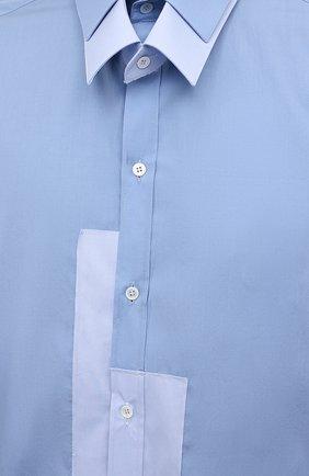 Мужская рубашка DOLCE & GABBANA голубого цвета, арт. G5IN5T/GEQ26 | Фото 5 (Манжеты: На пуговицах; Воротник: Кент; Рукава: Длинные; Случай: Повседневный; Длина (для топов): Стандартные; Материал внешний: Хлопок; Принт: Однотонные; Стили: Бохо)