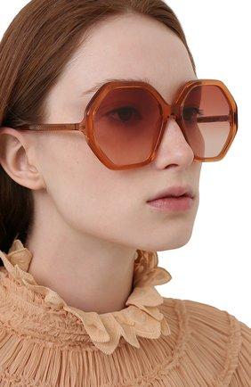 Женские солнцезащитные очки CHLOÉ оранжевого цвета, арт. CH0008S   Фото 2