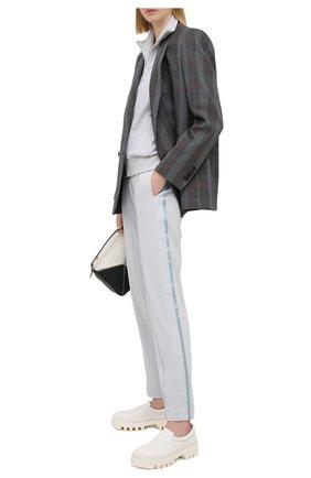 Женские брюки из вискозы EMPORIO ARMANI голубого цвета, арт. 3K2P7A/2JQIZ   Фото 2