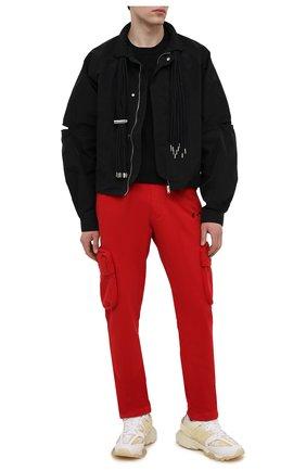 Мужские хлопковые брюки-карго OFF-WHITE красного цвета, арт. 0MCH036S21FLE002   Фото 2
