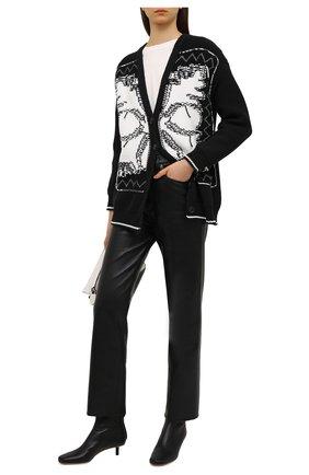 Женский хлопковый кардиган REDVALENTINO черно-белого цвета, арт. VR0KA02H/5UG   Фото 2 (Стили: Кэжуэл; Материал внешний: Хлопок, Синтетический материал; Женское Кросс-КТ: кардиган-трикотаж; Рукава: Длинные; Длина (для топов): Стандартные)