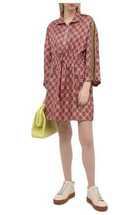Женское шелковое платье GUCCI коричневого цвета, арт. 628781/XJCL5 | Фото 2 (Рукава: Длинные; Материал внешний: Шелк; Женское Кросс-КТ: Платье-одежда; Случай: Повседневный; Длина Ж (юбки, платья, шорты): Мини; Стили: Спорт-шик)