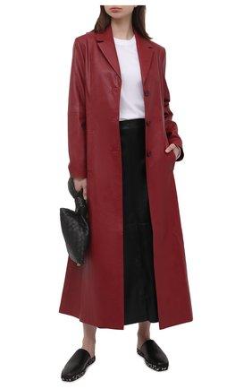 Женское пальто LESYANEBO бордового цвета, арт. SS21/Н-572/VL_1 | Фото 2 (Материал внешний: Вискоза, Синтетический материал; Рукава: Длинные; Длина (верхняя одежда): Длинные; 1-2-бортные: Однобортные; Стили: Кэжуэл)