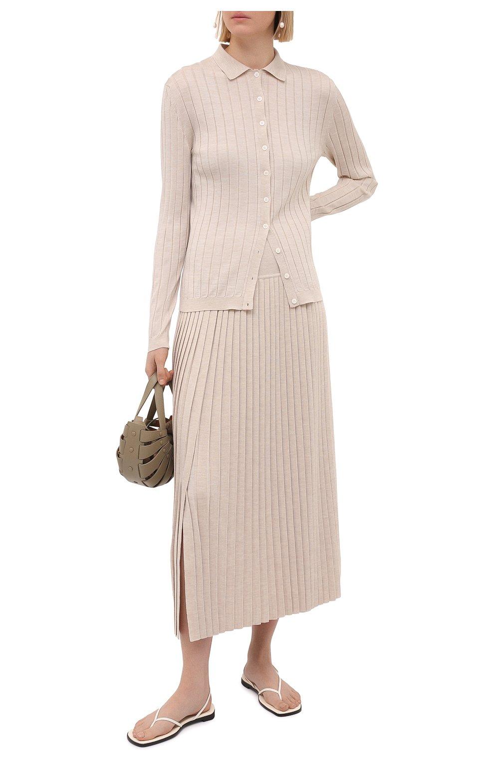 Женская юбка из шерсти и шелка THE ROW бежевого цвета, арт. 5678Y476 | Фото 2 (Материал внешний: Шерсть, Шелк; Женское Кросс-КТ: юбка-плиссе, Юбка-одежда; Кросс-КТ: Трикотаж; Длина Ж (юбки, платья, шорты): Макси; Стили: Кэжуэл)