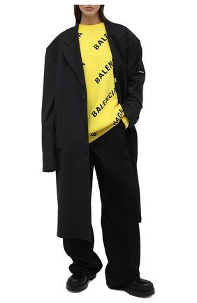 Женский свитер из хлопка и шерсти BALENCIAGA желтого цвета, арт. 657528/T3200 | Фото 2 (Материал внешний: Хлопок; Стили: Спорт-шик; Рукава: Длинные; Женское Кросс-КТ: Свитер-одежда; Длина (для топов): Удлиненные)