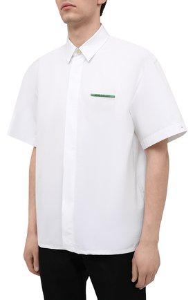 Мужская хлопковая рубашка JIL SANDER белого цвета, арт. JSMS740626-MS244200   Фото 3 (Воротник: Кент; Рубашки М: Classic Fit; Рукава: Короткие; Случай: Повседневный; Длина (для топов): Стандартные; Материал внешний: Хлопок; Принт: Однотонные; Стили: Кэжуэл)