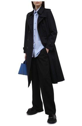 Женский хлопковый тренч BURBERRY темно-синего цвета, арт. 8027999 | Фото 2