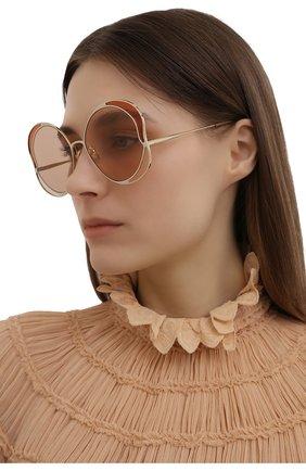 Женские солнцезащитные очки CHLOÉ золотого цвета, арт. CH0024S | Фото 2 (Тип очков: С/з; Очки форма: Круглые)