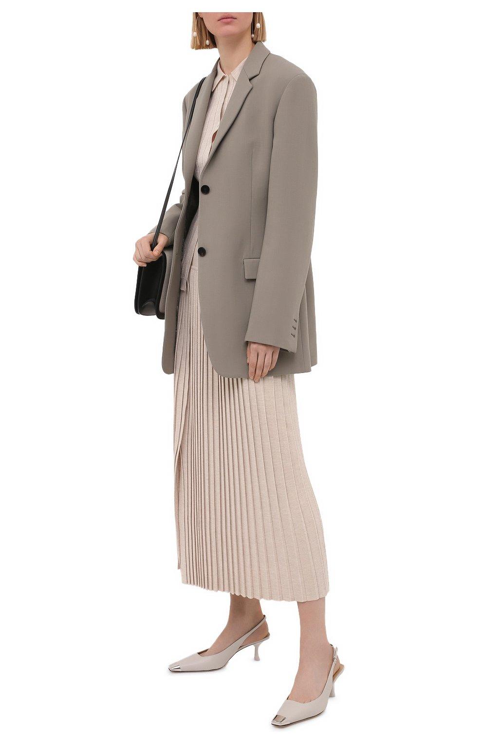 Женские кожаные туфли sr twenty SERGIO ROSSI светло-серого цвета, арт. A94360-MNAN07   Фото 2 (Материал внутренний: Натуральная кожа; Каблук высота: Средний; Каблук тип: Шпилька; Подошва: Плоская)