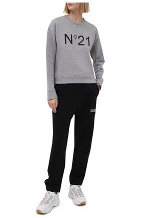 Женский хлопковый свитшот N21 серого цвета, арт. 21E N2M0/E041/6313 | Фото 2