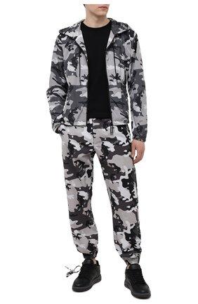Мужская куртка OFF-WHITE серого цвета, арт. 0MBD029S21FAB001 | Фото 2