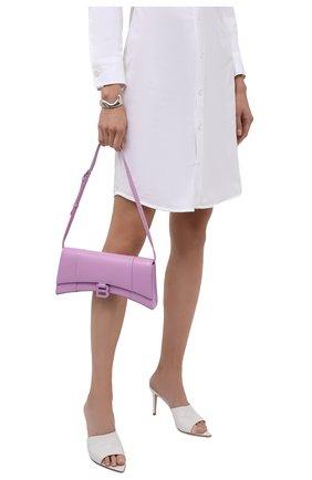 Женская сумка hourglass stretch BALENCIAGA сиреневого цвета, арт. 654942/1QJ4I | Фото 2 (Сумки-технические: Сумки через плечо; Материал: Натуральная кожа; Размер: small, medium)