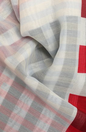 Женская хлопковая шаль ALEXANDER MCQUEEN красного цвета, арт. 656552/3624Q | Фото 2 (Материал: Хлопок, Текстиль; Принт: С принтом)