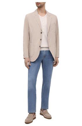Мужские джинсы BRIONI голубого цвета, арт. SPPC0M/P0D07/CHAM0NIX | Фото 2 (Материал внешний: Хлопок; Длина (брюки, джинсы): Стандартные; Стили: Кэжуэл; Силуэт М (брюки): Прямые; Кросс-КТ: Деним)
